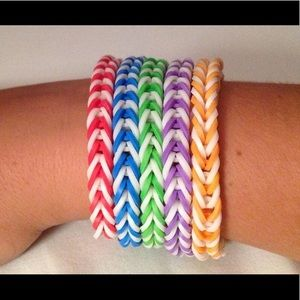 Jewelry - Fishtail bracelet